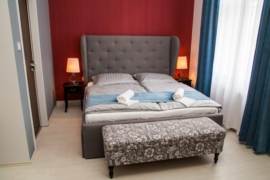 luxury-suites-astoria-1